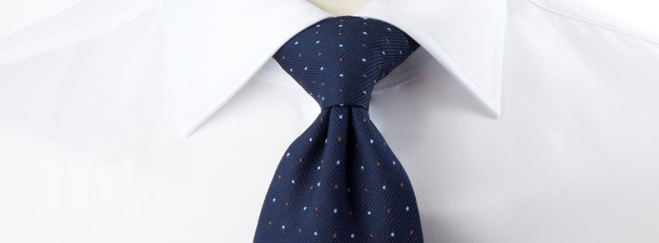 Tie Guide - Four-In-Hand & Windsor